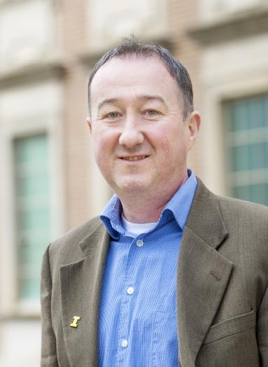 Len MacGillivray, DEO