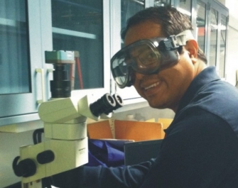 Binaya evaluating a nanoparticle sample using the stereoscope